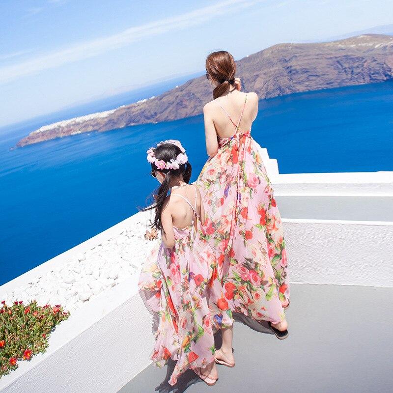 Madre hija vestidos de boda volantes mamá y yo familia que empareja ropa Floral playa espalda descubierta mamá vestido niños trajes