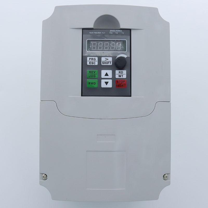 7.5KW / 11KW تردد العاكس 220 فولت إلى 380 فولت المدخلات 1 المرحلة 220 فولت الناتج 3 المرحلة 380 فولت محول تردد