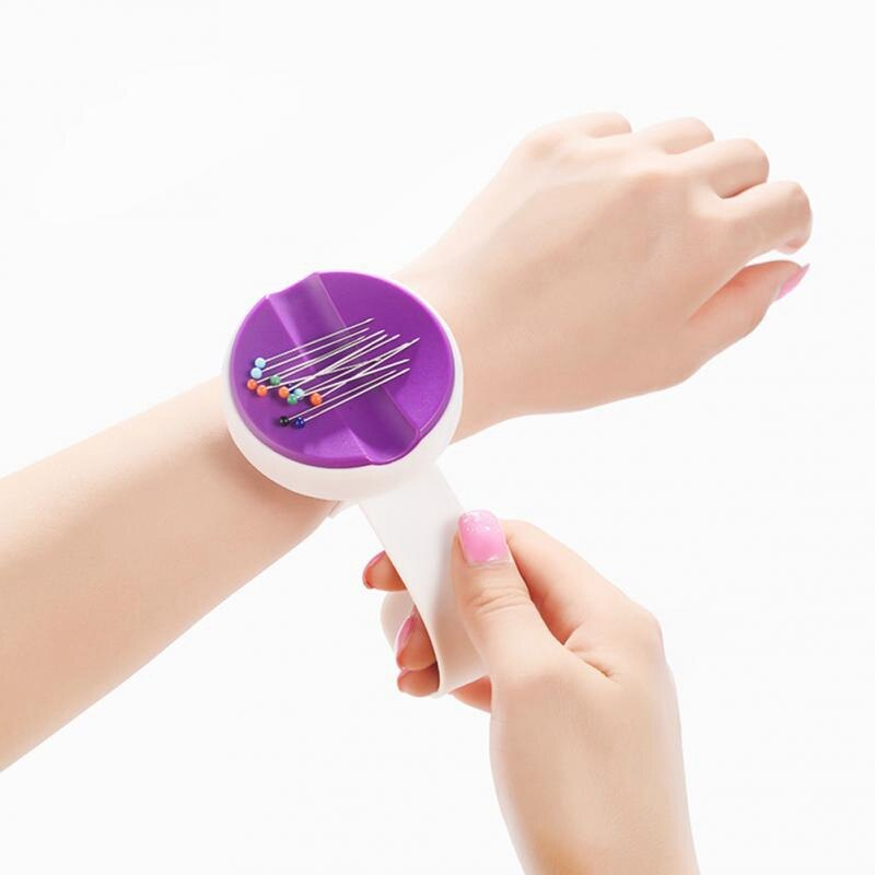 Botique-novo pulso magnético usar agulha caixa de plástico diy costura redonda caixa de agulha pino almofada caixa de armazenamento tecer acessórios de costura
