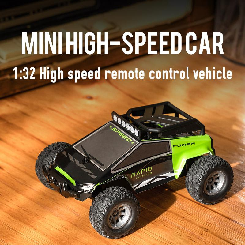 S638 1:32 Remote Control Electric Drift 20KM / H High Speed RC Car 2.4GHz Off Road Vehicles 4WD for