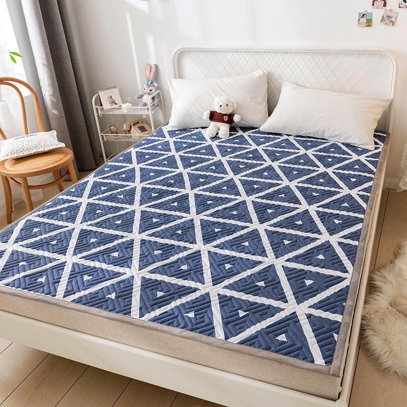 الهندسة وسادة فراش حصيرة لينة حامي عدم الانزلاق الكرتون ورقة الهواء نفاذية غطاء السرير للطي المفرش الملكة الملك الحجم