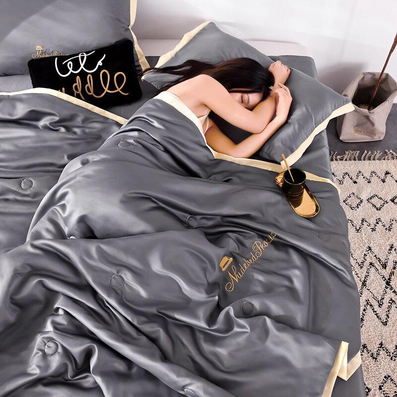 4 قطعة مجموعة الصيف المعزي جديد 100% الحرير بياضات السرير الصيف الصلبة الفراش تكييف لحاف غسلها القطن رمي البطانيات