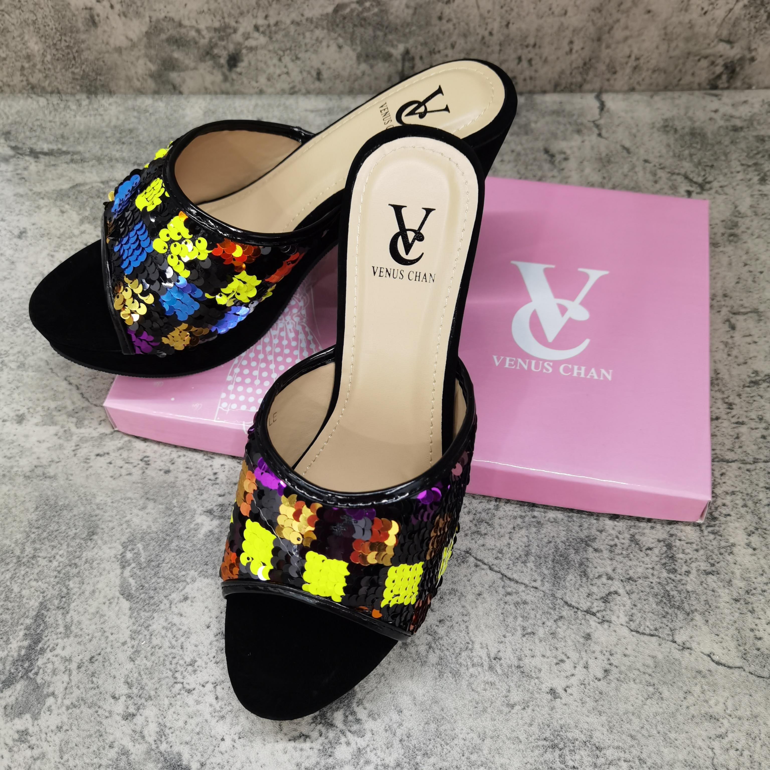 حذاء نسائي نيجيري أنيق ، حذاء كلاسيكي على الطراز الأفريقي ، حذاء متناسق متعدد الألوان للنساء