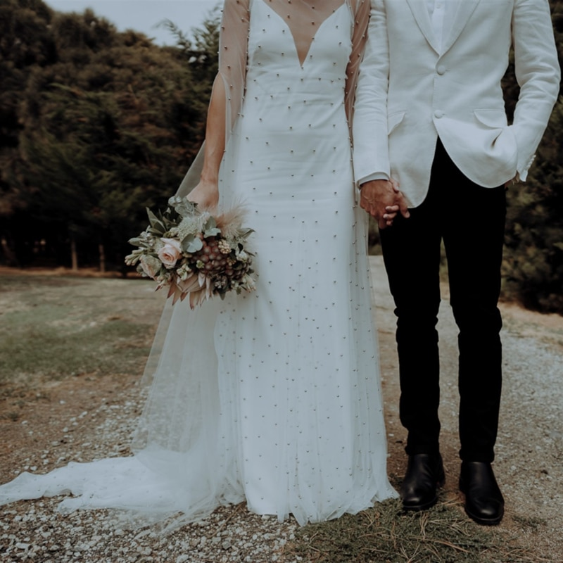 Two Pieces Pearls Long Sleeve Bridal Gown Custom Made Illusion Tulle High Slit Elegant Backless Spaghetti Straps Wedding Dress