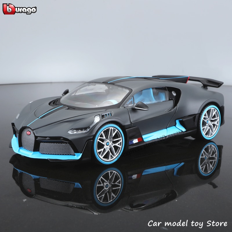 Maisto 1:24 Bugatti Chiron divo simulation alloy car model crafts decoration collection toy tools gift