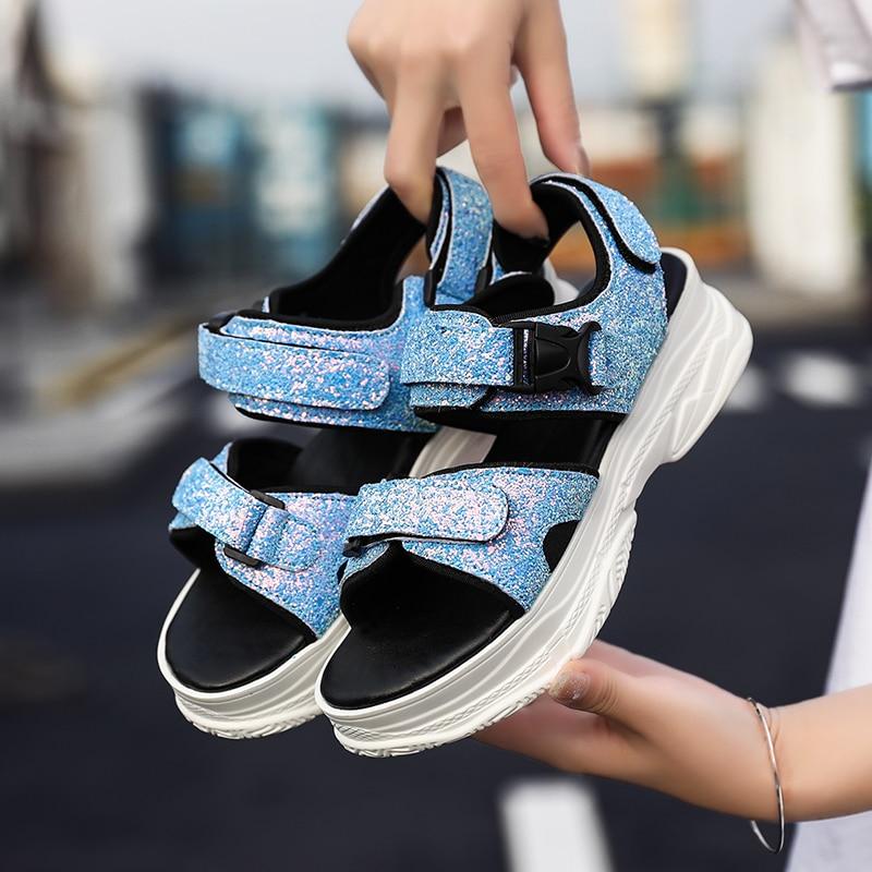 صنادل شاطئ المرأة خفيفة الوزن حذاء للحديقة Plateform الفيلكرو إغلاق أحذية ماء التجفيف السريع