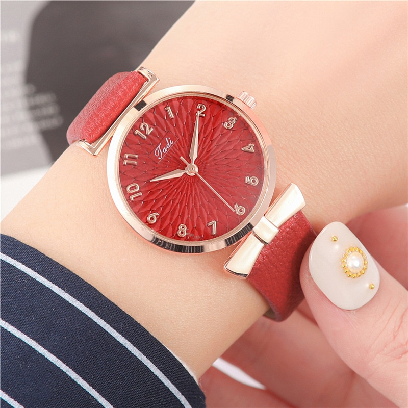 YUNAO 2021 Hot-Selling Net Celebrity Same Watch High-End Ladies Quartz Watch Fashion Gift Watch Creative New Student Watch enlarge