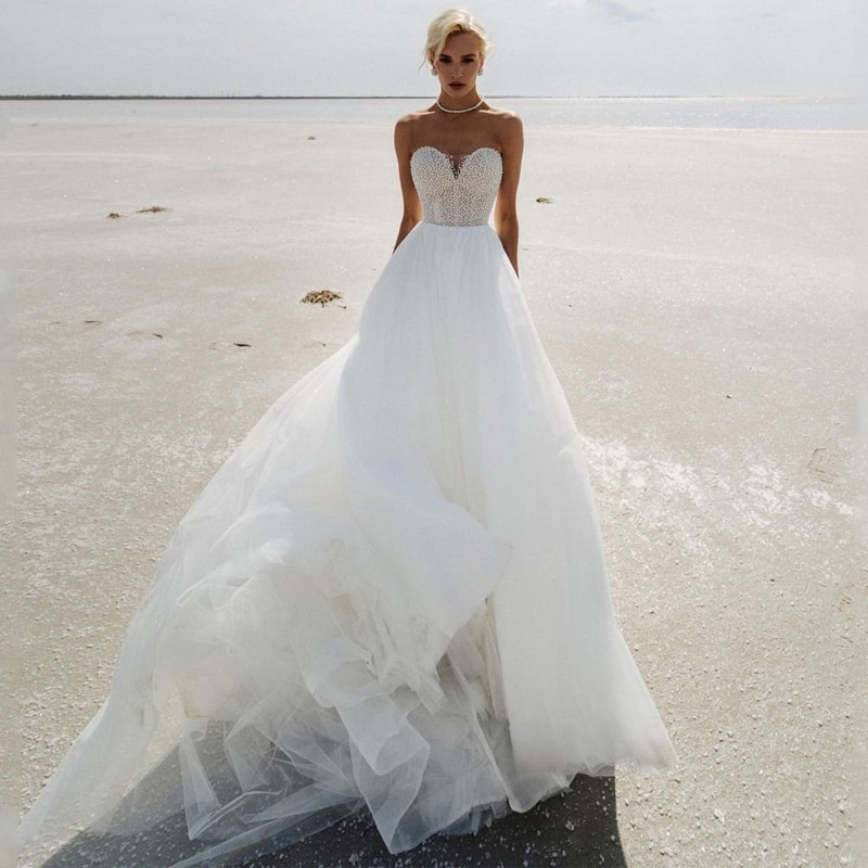 Review Eightree Sexy Princess Wedding Dresses White Sweetheart Pearls Bridal Dress Tulle A-Line Backless Beach Wedding Gowns Plus Size