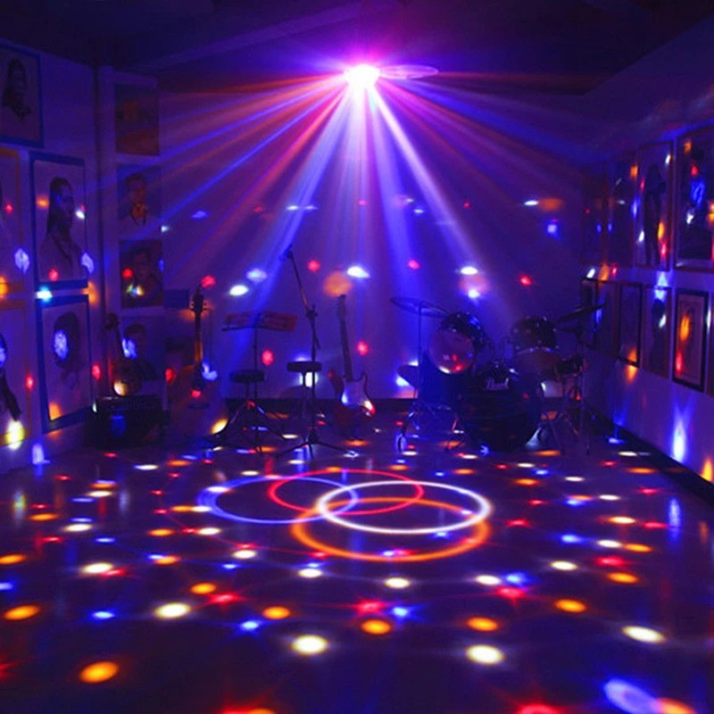 D2 звук активированный вращающийся дискотека свет красочный светодиод сцена свет RGB лазер проектор свет DJ вечеринка свет для дома КТВ бар Рождество