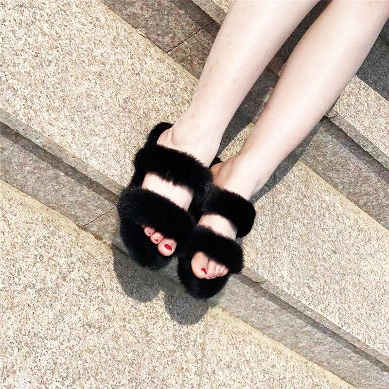 2021 جديد السيدات نِعال من الفراء جودة عالية 100% فرو منك أحذية مطاطية المرأة مسطحة القاع المنك النعال