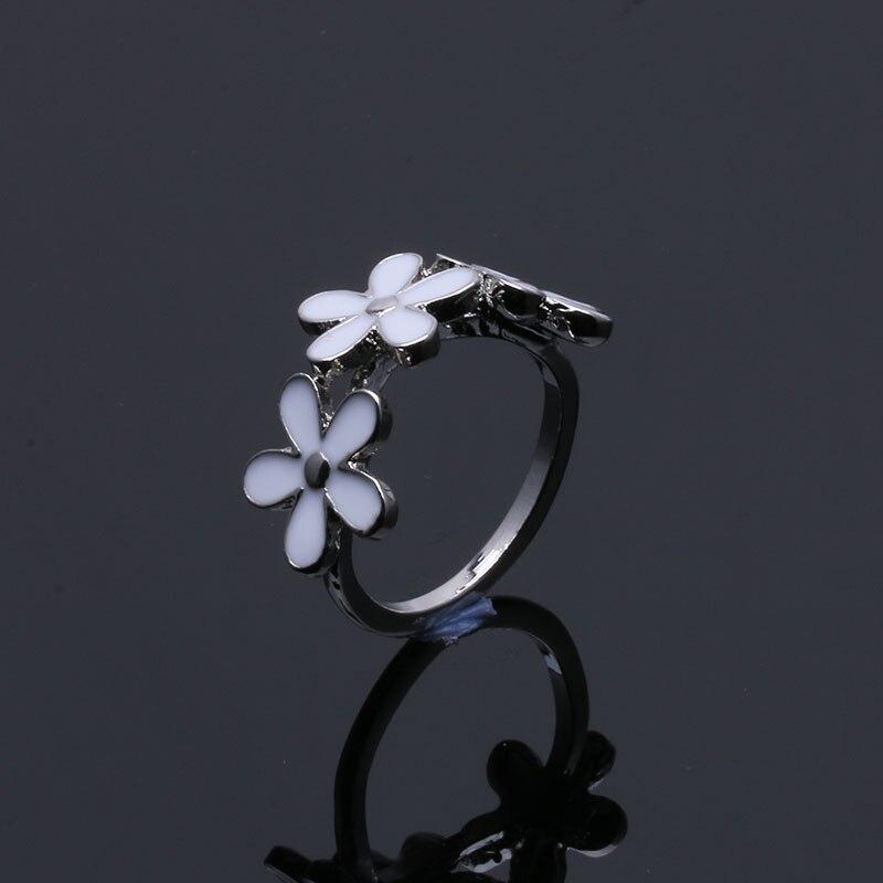 Buipoey Daisy Krone Ring Charme Frauen Hochzeit Ring Verflochten Blatt Ring Mode Schmuck Zubehör Geeignet Für Männer Frauen