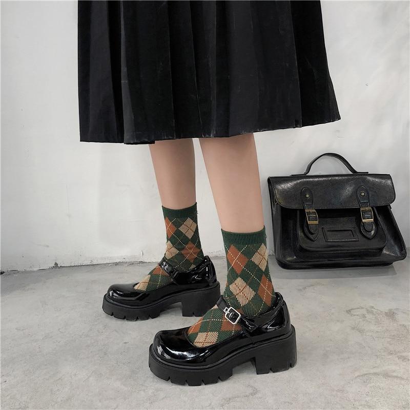 لوسيفر براءات الاختراع والجلود مضخات الربيع الخريف ماري جين أحذية نسائية مشبك حزام عالية الكعب منصة الرجعية لوليتا الكعوب امرأة