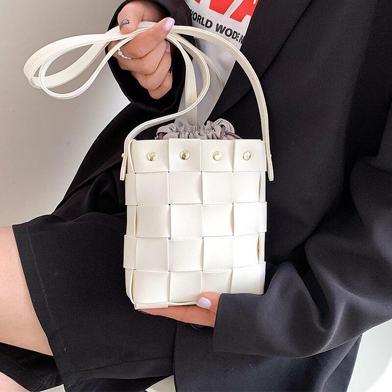 Small Weave Bucket Shoulder Bags for Women Soft Leather Messenger Bag Ladies Rivet Designer Crossbody Bags Simple White Handbags