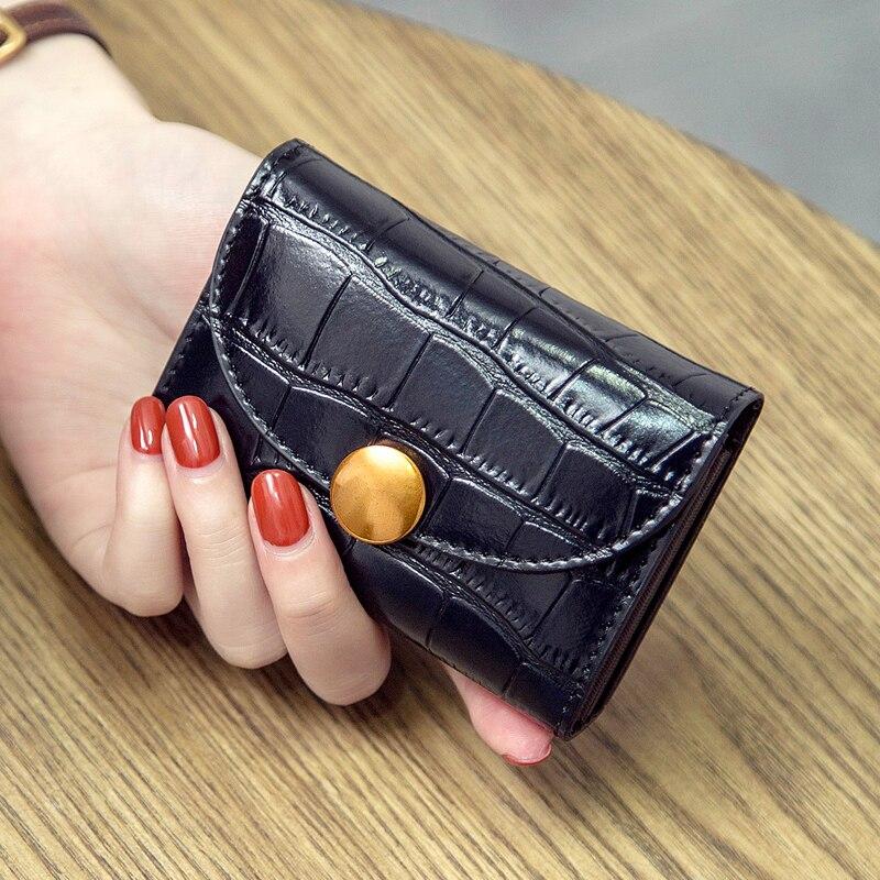 Nuevo estilo europeo corto de cuero de cocodrilo femenino órgano titular de la tarjeta de conducir tarjeta de crédito