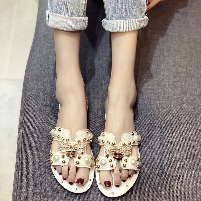 2020 mulheres Chinelos Moda Chinelos Casuais Confortáveis Não-Deslizamento Mulas Sapatos Praia Flip Flops Sapatos de Mulher Pérola Jóias Mulheres