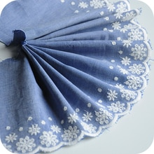 Weiße Blumen Bestickt Baumwolle Denim Stoff Breite = 15cm DIY Bekleidung Nähen Stoff Kleid Kleidung Dekoration Blau Denim Material
