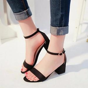 Туфли-лодочки женские на платформе и квадратном каблуке, классические Босоножки с открытым носком, повседневная обувь вечерние ремешком и пряжкой, лето