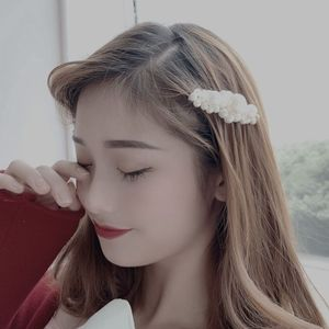 hair clips Pearl hairpin pearl clips Women's fashion hairpin Modern hairpin for ladies Hair accessories