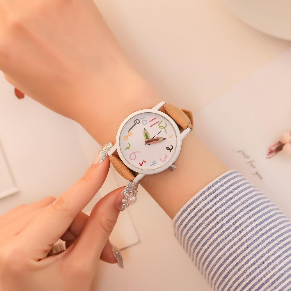 Unisex Fashion Faux Leather Band Women Men/dial Analog Quartz Sport Wrist Watch Classic Women's Quar