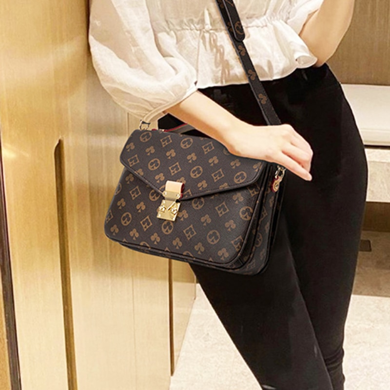 حقائب كتف للنساء 2020 الاتجاه الجديد الرافعة Crossbody الفاخرة خمر الموضة جونغ جودة عالية بولي Leather حقائب جلدية رسول