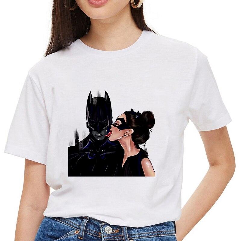 Nueva camiseta de verano para mujer, camiseta de moda de Batman y Catwoman, camiseta de beso, camiseta moderna femenina Harajuku de sección fina, camisetas, ropa