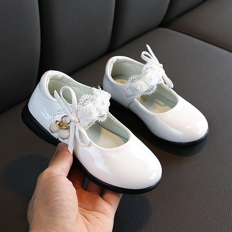 Zapatos de chico niñas flor vestido de cuenta de arco zapatos de cuero de boda para niñas tamaño grande niña Prinses niños zapatos planos B169