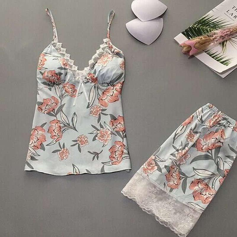 Women Sexy 2 Pieces Pajamas Underwear Set Sexy Satin Sleepwear Femme Fashion Flower Homewear Ladies with Chest Pad 2020