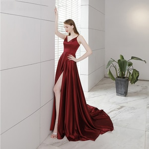 A-Line V-Neck Sweep Train Burgundy Evening Dresses Spaghetti Straps Dew Shoulder Backless Zipper-up Party Wear Gown for Women