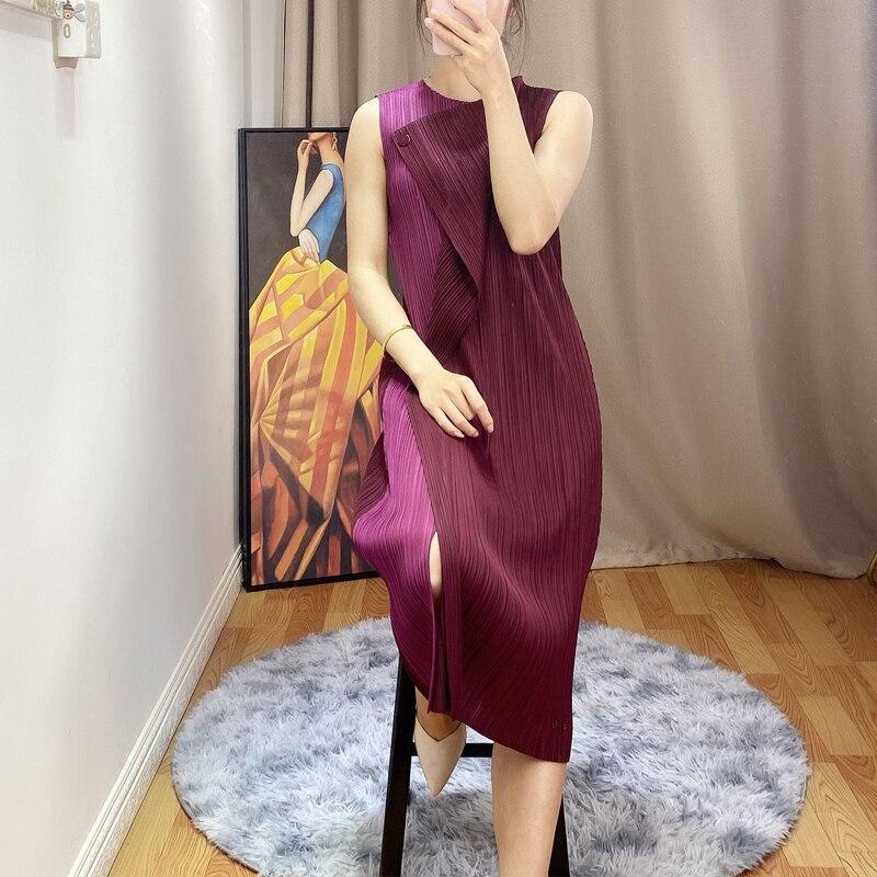 NOVEDAD DE VERANO 2020, vestido de empalme de un botón, diseño plisado de moda miyak, vestidos ajustados de cintura elástica sin mangas con cuello redondo D90