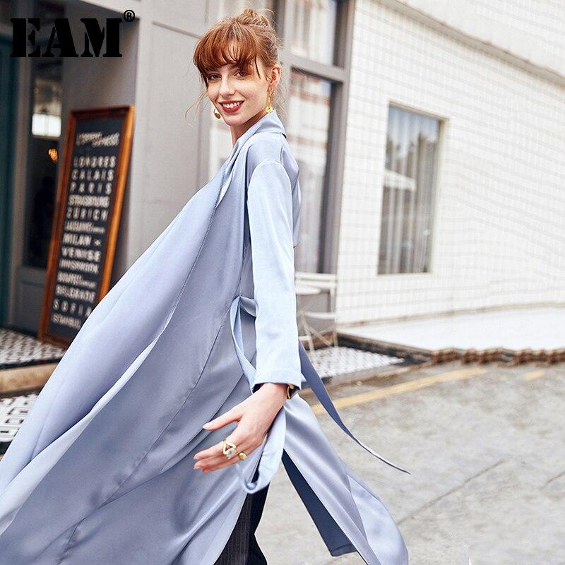 [EAM] 2021 جديد ربيع الخريف التلبيب كم طويل الجانب الأزرق تنفيس مزاجه فضفاضة سترة واقية المرأة خندق الموضة المد JW522
