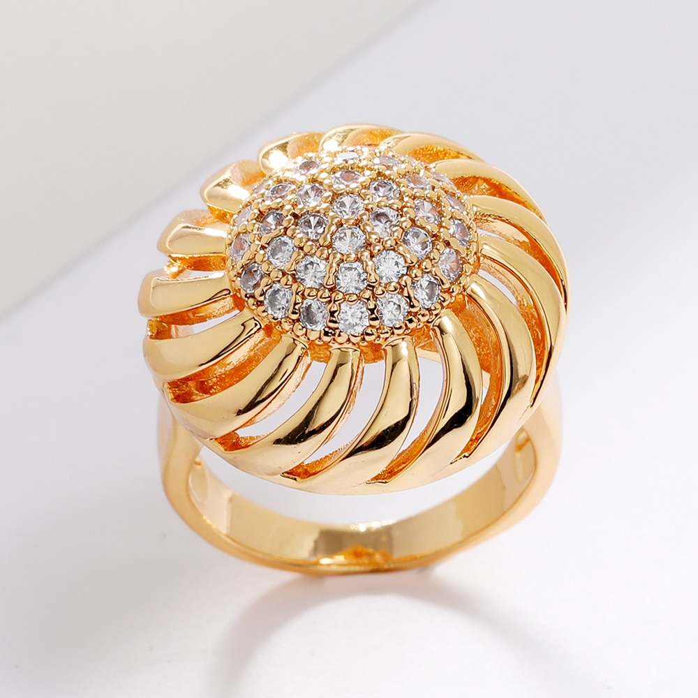 LUALA New Arrival Adorable Flower Modelling Charming AAA Zirconia Gold Ring For Women&Girls Elegant Dress-up In Fashion Party