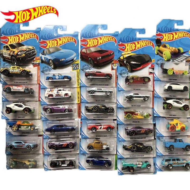 Ruedas calientes pequeño coche deportivo de aleación coche niños Juguetes Coche modelo Hoilday decoración niños premios niños juguetes 4 años C4982 9K