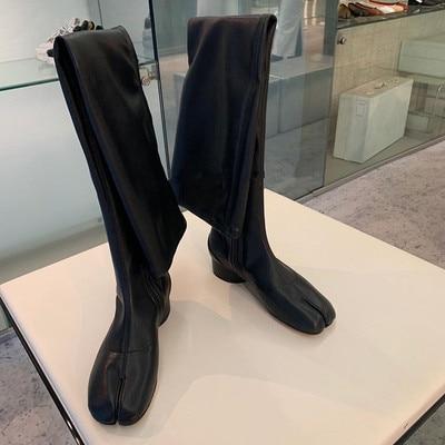 Designer Split Toe Women Black Leather Tabi Personality Flat Overknee Boots Japanese Ninja Shoes Warm Socks Boots Super Star