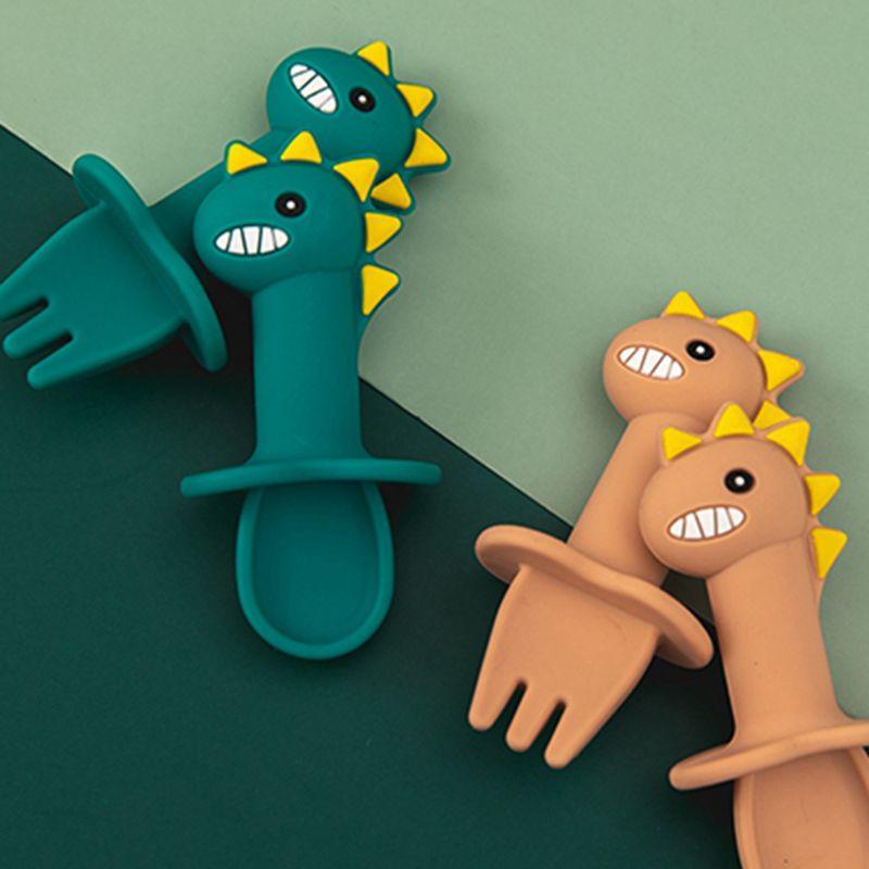 Детские столовые приборы, динозавр из мультфильма, набор ложка и вилка короткая ручка простая ложка мягкая силиконовая посуда Прорезывател...