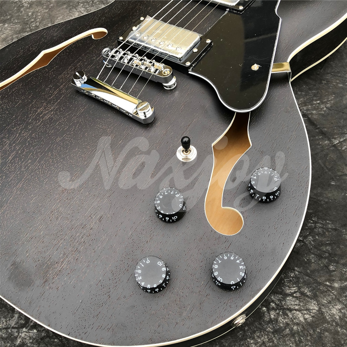 GROTE Matte Finished Black Electric Guitar,Double F Holes Semi-Hollow Body Jazz Guitarra ,Real Photos enlarge