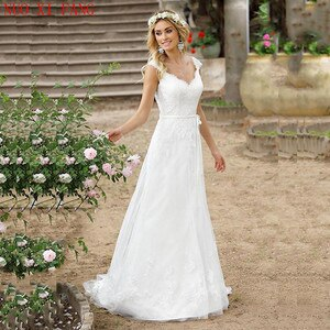 2020 Beach Cheap Boho Wedding Dress Buttons Back Lace Applique A-line Princess Wedding Gown China Bridal Gowns Vestidos De Novia