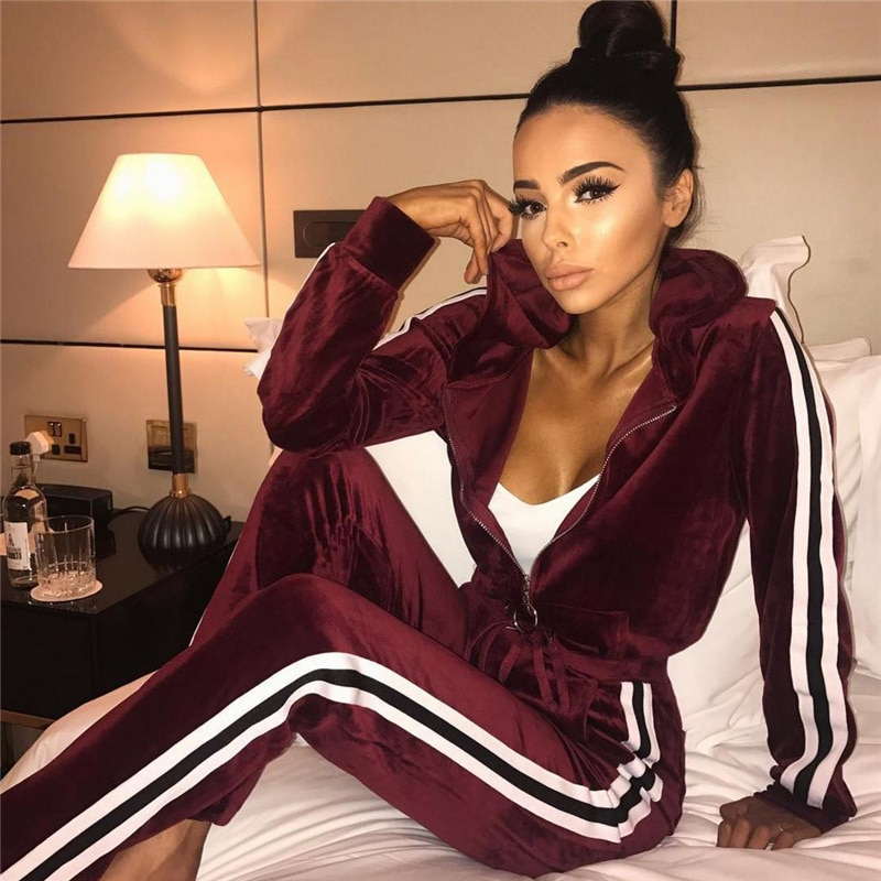 Velour Tracksuit Women Two Piece Set Autumn Clothes Hoodies Zipper Coat Top and Pants Sport Jogging Suit Female Velvet Outfits