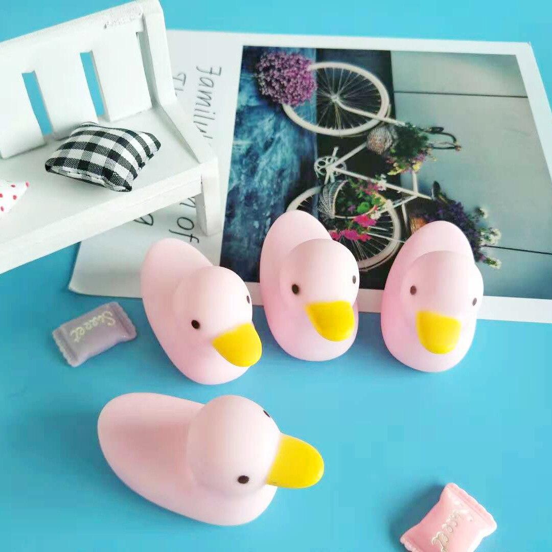 Детские розовые утки мини игрушки для ванной виниловые детские развивающие игрушки оптом