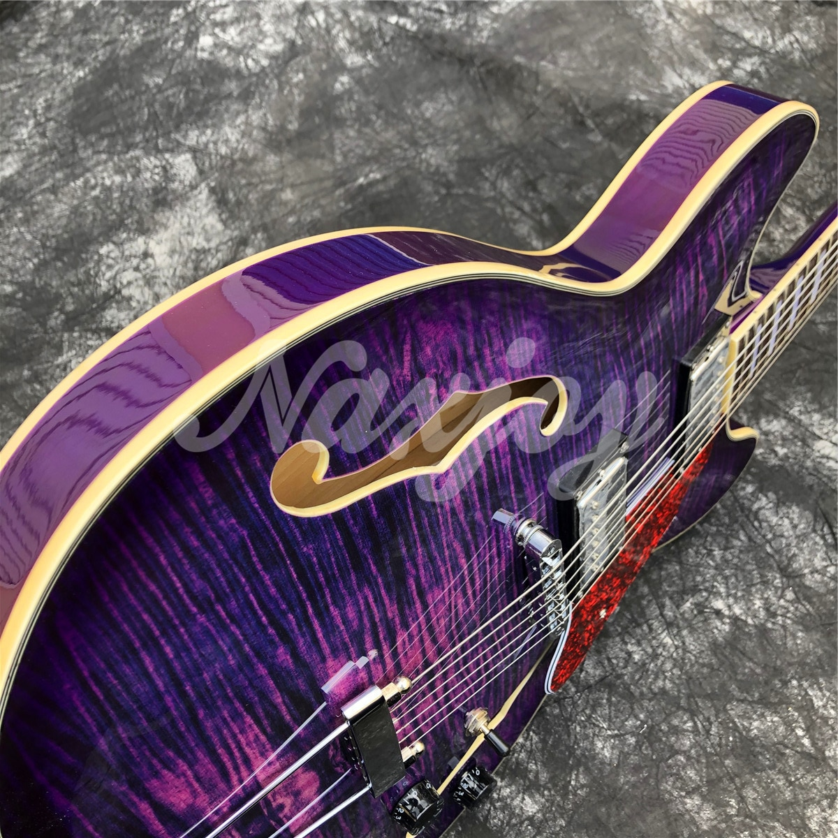 Grote Deep Purple Flame Top Electric Guitar,Double F holes Semi Hollow Maple Wood Jazz Guitarra,Real Photos enlarge