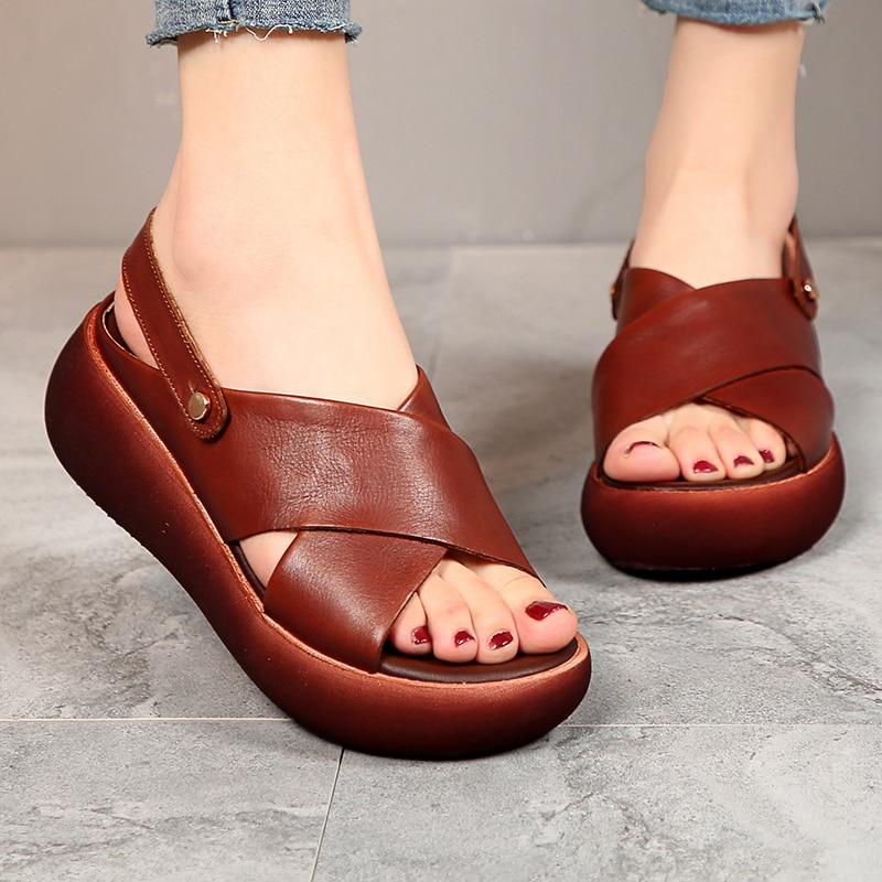 AIYUQI جلد طبيعي الصنادل المرأة الصيف 2020 جديد صنادل سيدات منصة أحذية سميكة غير رسمية أنيقة الرجعية النساء