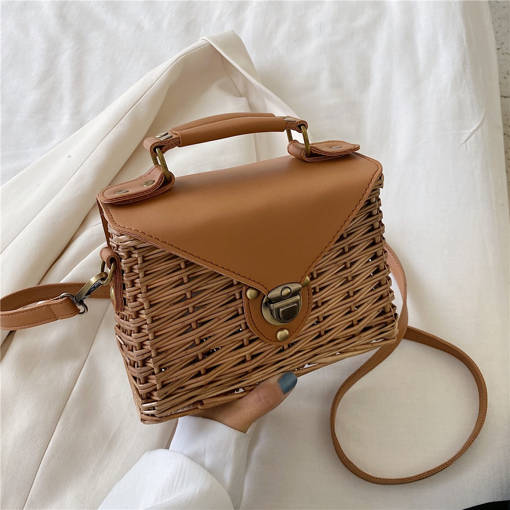 Rattan Hand Bags for Women 2020 New Summer Luxury Fashion Small Crossbody Bag Beach Casual Handbag Ladies Messenger Shoulder Bag