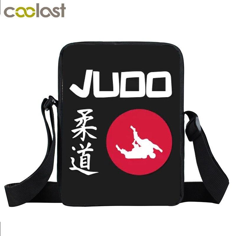 Judo / Taekwondo / Karate / Aikido Mini bolsa de mensajero adolescentes bolsos cruzados bolsa Cobra Kai bolsas para libros de estudiantes