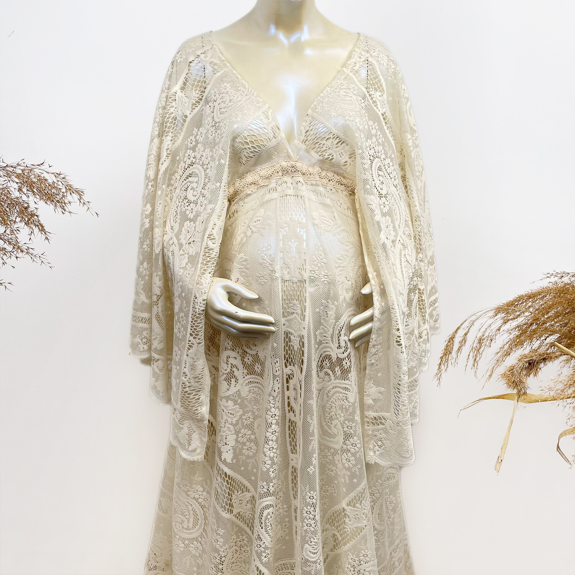 Boho Lace Photo Shoot Costume Maxi Long Bell Sleeves Maternity Dress Pregnancy Gown Robe for Woman Photography Props Baby Shower enlarge
