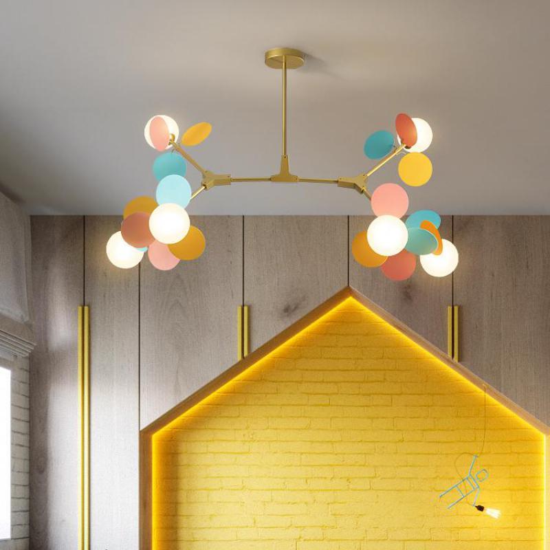 Moderno candelabro de habitación para niños Color Macaron iluminación casera creativa de hierro geometría lámpara de dormitorio luz nórdica de sala de estar