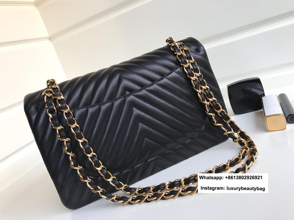 Gran oferta de bolsos de mano con cadena y solapa en forma de v para mujer, Bolso bandolera de piel de cordero, marca europea de gran calidad