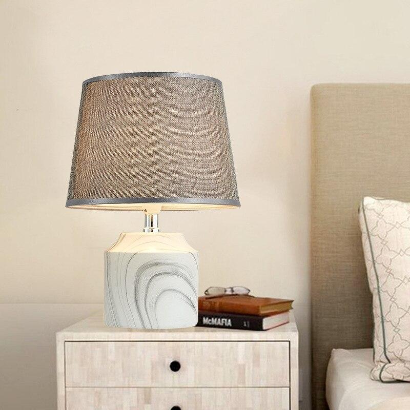 Nórdicos creativa pantalla de tela lámpara de mesa de cerámica de moda Simple lámpara de escritorio lámpara de cama chino clásico lámpara CL50911