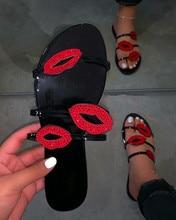 Sandales dété Sexy avec lèvres rouges pour femmes, chaussures plates de plage, tongs avec strass, antidérapant, maison, 2020