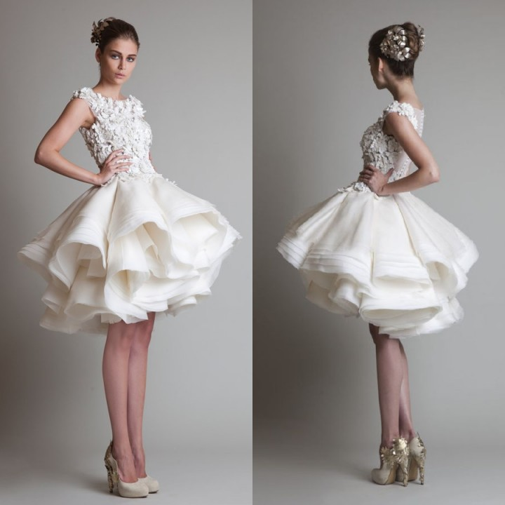 Nouveau 2014 princesse genou longueur couches Organza volants robes de mariée appliqué pure dos robe de mariée courte