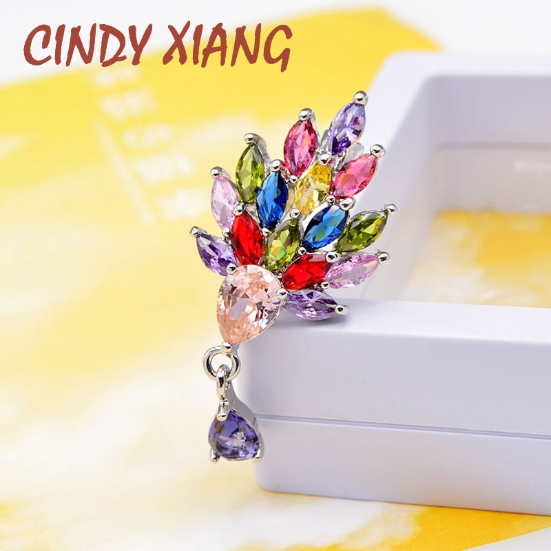CINDY XIANG Cubic Zirconia Pavo Real Collar Pin mujeres y hombres traje broches Unisex Pins 3 colores Avaibale alta calidad nueva llegada