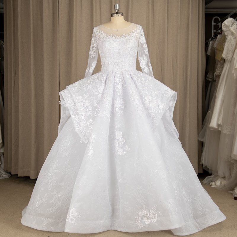9222#100% Real Photos White O-Neck Beading Lace Long Sleeve Applique Sequined Princess Ball Gown Wedding Quinceanera Dresses